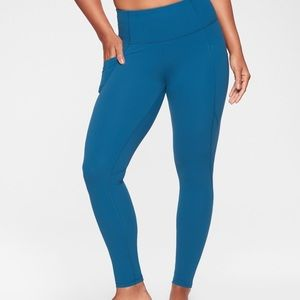 Athleta 1X Salutation Stash Pocket Tight